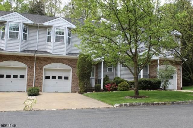 71 Rockcreek Ter, Riverdale Boro, NJ 07457 (MLS #3710052) :: The Karen W. Peters Group at Coldwell Banker Realty