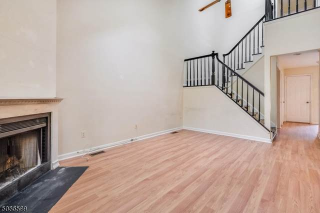 15 St. Andrews Lane, Clinton Twp., NJ 08801 (MLS #3710373) :: The Sikora Group