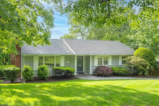 16 Afterglow, Verona Twp., NJ 07044 (#3718402) :: Rowack Real Estate Team
