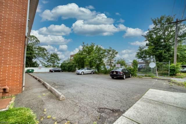 100 Luttgen Pl A1, Linden City, NJ 07036 (MLS #3718617) :: Pina Nazario