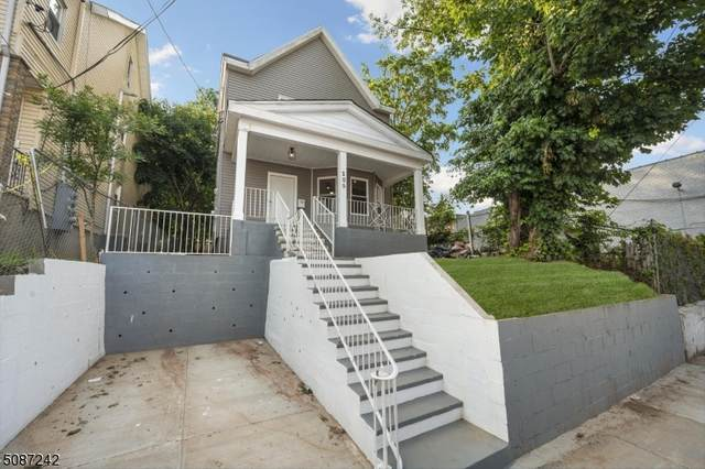 205 Stuyvesant Ave, Newark City, NJ 07106 (MLS #3726493) :: Gold Standard Realty