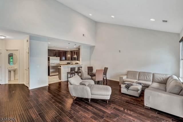 1304 Meadow Brook Ct, Hanover Twp., NJ 07981 (MLS #3739323) :: SR Real Estate Group