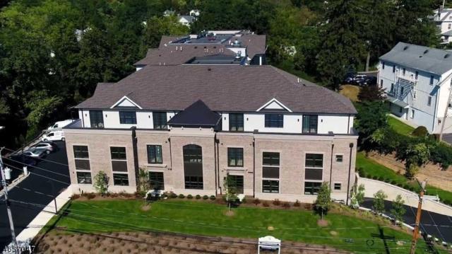 25 Mill St (Residence 305) #305, Bernardsville Boro, NJ 07924 (MLS #3336283) :: The Dekanski Home Selling Team