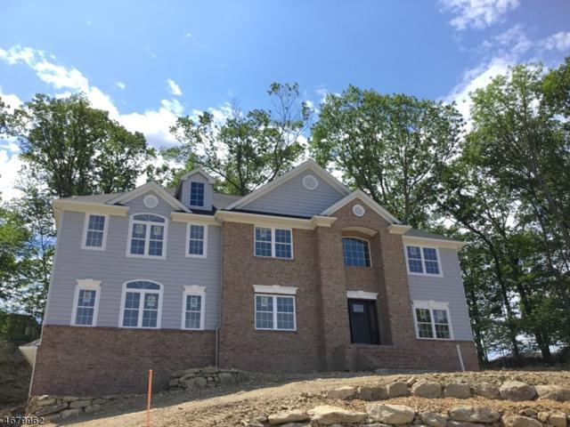 17 Hunter Dr, Mount Olive Twp., NJ 07828 (MLS #3356696) :: The Dekanski Home Selling Team