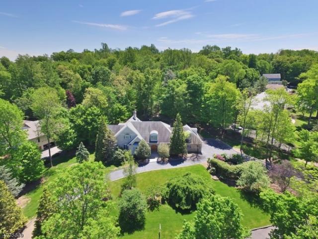 18 Nottingham Way, Warren Twp., NJ 07059 (MLS #3408004) :: The Dekanski Home Selling Team