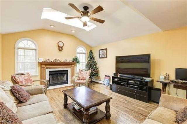 18 Devon Rd, Edison Twp., NJ 08820 (MLS #3441499) :: SR Real Estate Group