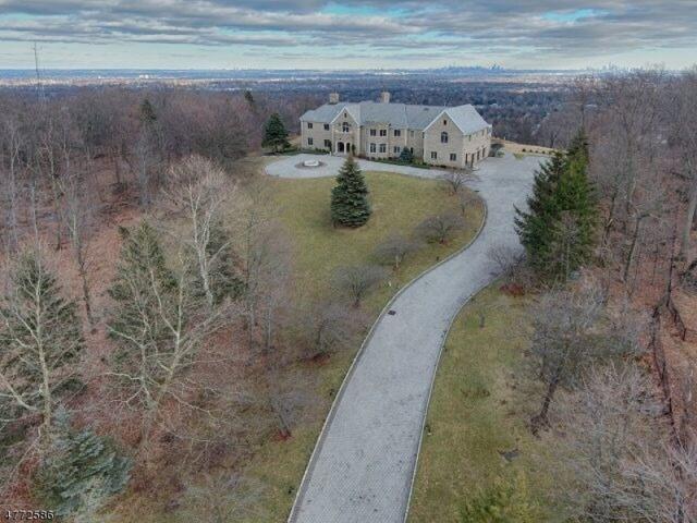 24 Club Way, Cedar Grove Twp., NJ 07009 (MLS #3442205) :: SR Real Estate Group