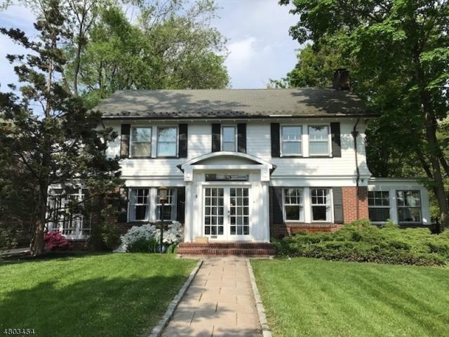 631 Union Ave, Elizabeth City, NJ 07208 (MLS #3470045) :: RE/MAX First Choice Realtors