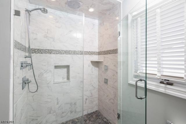 6 Carnegie Pl, Bernards Twp., NJ 07920 (MLS #3535552) :: Coldwell Banker Residential Brokerage