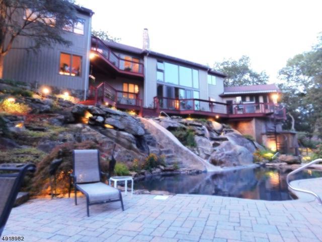 24 Rockburn Pass, West Milford Twp., NJ 07480 (MLS #3576803) :: Pina Nazario