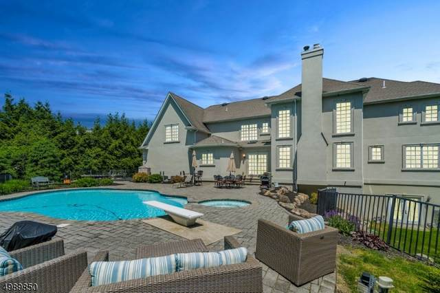 10 Patrick Brem Ct, Mahwah Twp., NJ 07430 (MLS #3640240) :: The Dekanski Home Selling Team