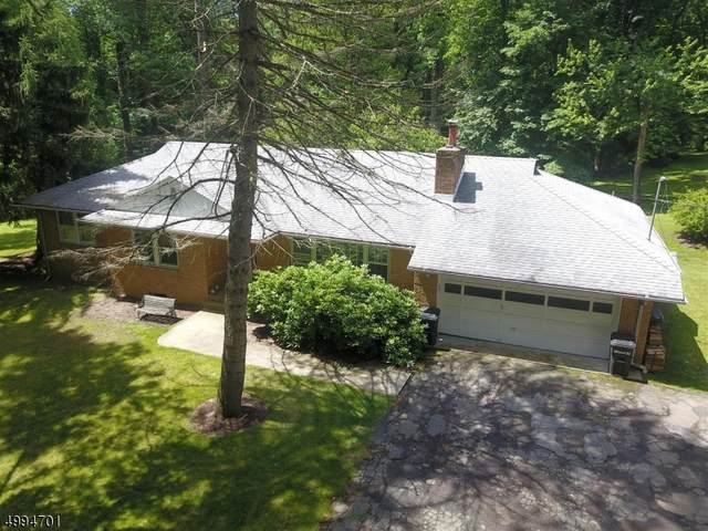 24 Schoolhouse Ln, Mendham Twp., NJ 07960 (MLS #3646331) :: Mary K. Sheeran Team