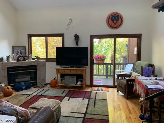 1 Point Owoods Ter U 4, Vernon Twp., NJ 07462 (MLS #3670348) :: Provident Legacy Real Estate Services, LLC