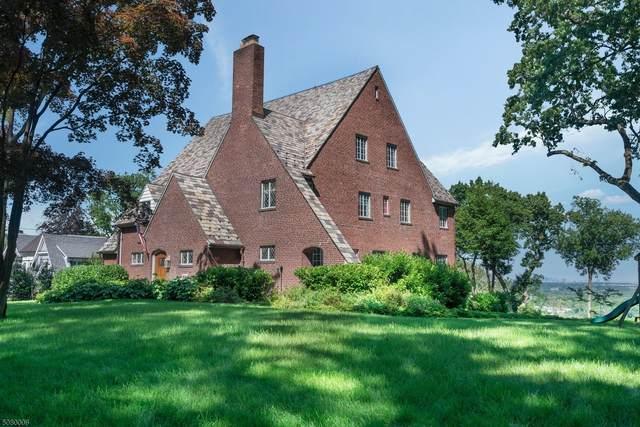 69 Edgewood Road, Summit City, NJ 07901 (MLS #3719987) :: Coldwell Banker Residential Brokerage