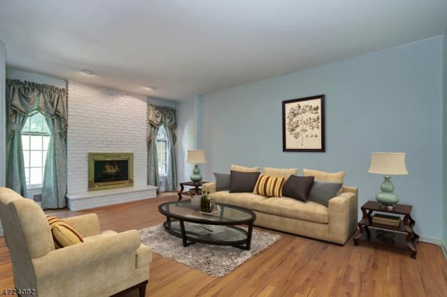 14 Essex Dr, Mendham Boro, NJ 07945 (MLS #3399481) :: The Dekanski Home Selling Team