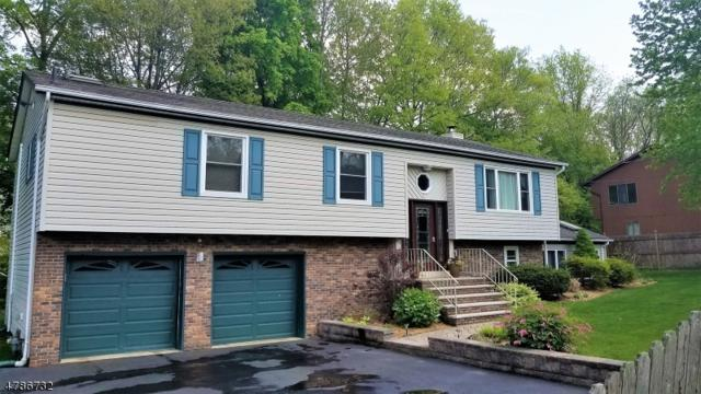 35 Cliffside Dr, West Milford Twp., NJ 07480 (MLS #3454769) :: The Dekanski Home Selling Team
