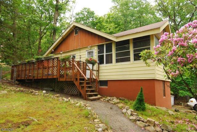 2 Pebble Beach Rd, Hopatcong Boro, NJ 07843 (MLS #3393630) :: The Dekanski Home Selling Team