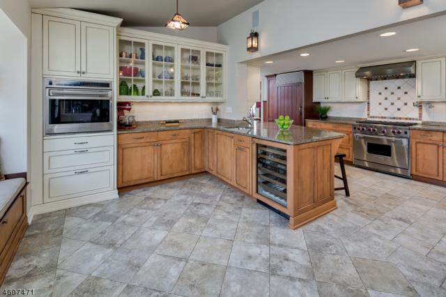 402 Main Street (Route 523), Readington Twp., NJ 08889 (MLS #3373345) :: The Dekanski Home Selling Team