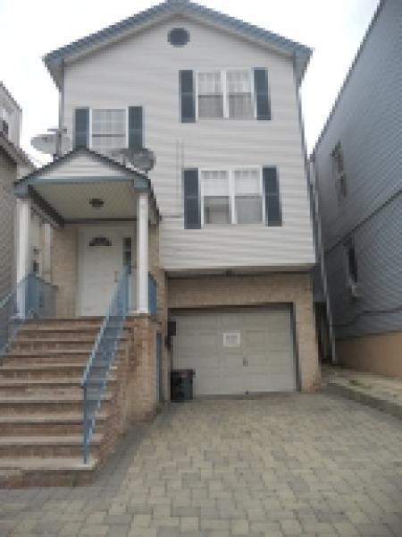 319 Court St #2, Elizabeth City, NJ 07206 (MLS #3198717) :: The Dekanski Home Selling Team