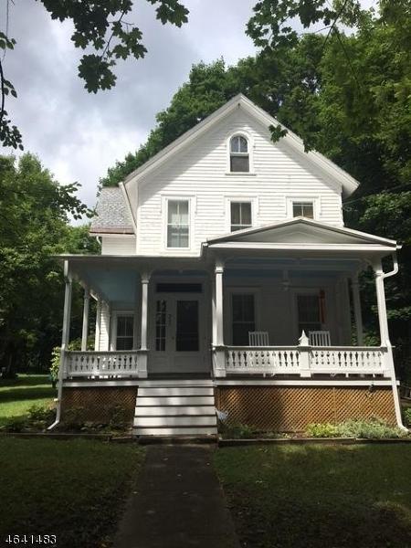 205 Main St, Andover Boro, NJ 07821 (MLS #3321254) :: The Dekanski Home Selling Team