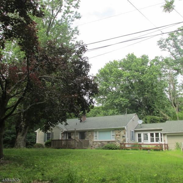 35 Old Turnpike Rd, Washington Twp., NJ 07865 (MLS #3342970) :: The Dekanski Home Selling Team