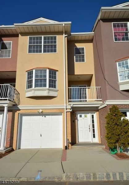 21 Harbor Front Ter E6, Elizabeth City, NJ 07206 (MLS #3354985) :: The Dekanski Home Selling Team