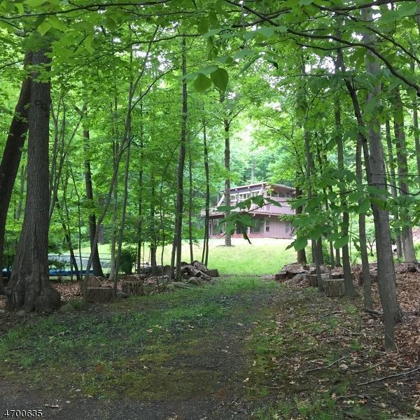 35 W Deerhaven Rd, Mahwah Twp., NJ 07430 (MLS #3375376) :: The Dekanski Home Selling Team