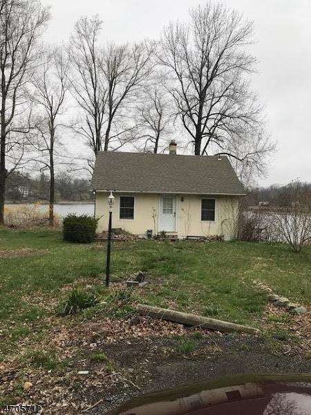 17 Lake St, Vernon Twp., NJ 07422 (MLS #3380743) :: The Dekanski Home Selling Team