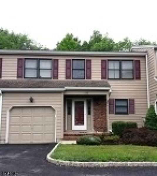 122 Sunrise Dr, Long Hill Twp., NJ 07933 (MLS #3381658) :: The Dekanski Home Selling Team