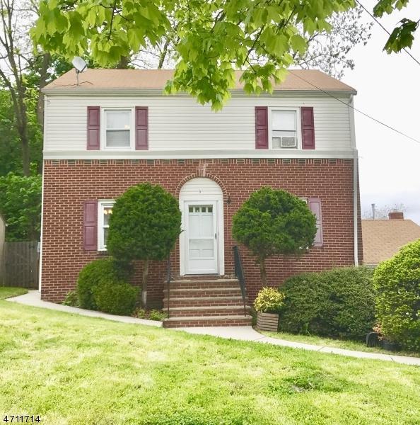 3 Orange Heights Ave, West Orange Twp., NJ 07052 (MLS #3385711) :: The Dekanski Home Selling Team