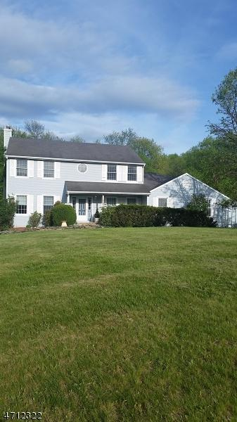 30 Fieldstone Dr, Vernon Twp., NJ 07461 (MLS #3386581) :: The Dekanski Home Selling Team