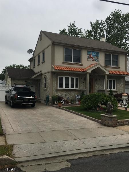2595 Hamilton Ter, Union Twp., NJ 07083 (MLS #3390912) :: The Dekanski Home Selling Team