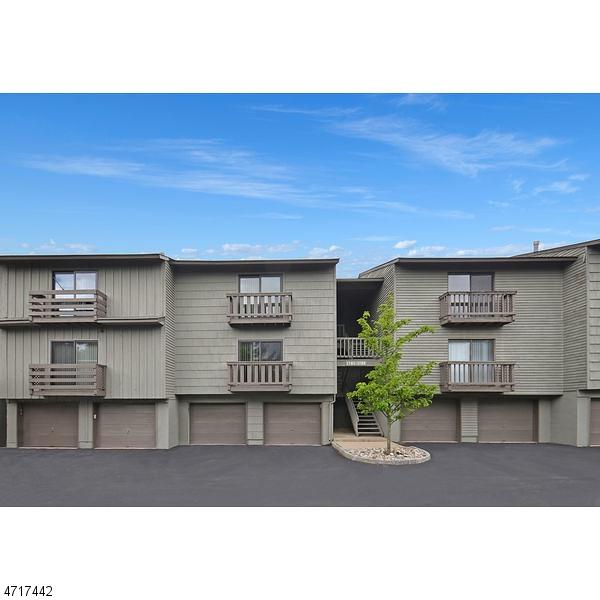 1706 Spruce Hills Dr, Glen Gardner Boro, NJ 08826 (MLS #3391452) :: The Dekanski Home Selling Team