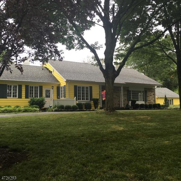 1578 Long Hill Rd, Long Hill Twp., NJ 07946 (MLS #3394677) :: The Dekanski Home Selling Team