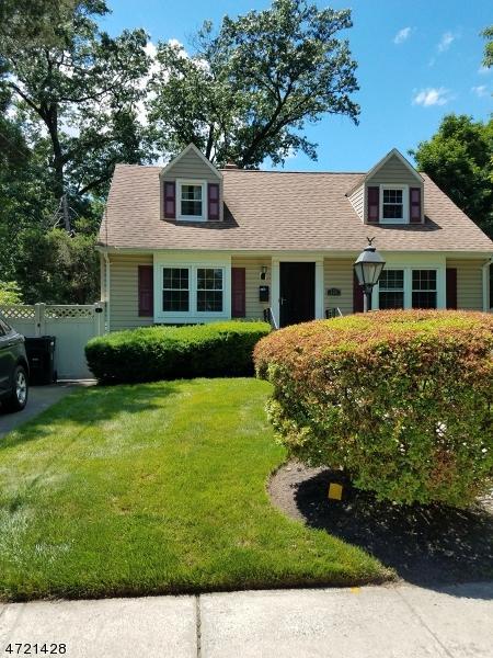 728 Hillside Ave, Plainfield City, NJ 07060 (MLS #3395308) :: The Dekanski Home Selling Team