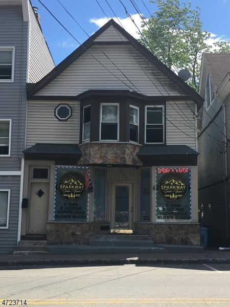 131 Main St, Bloomingdale Boro, NJ 07403 (MLS #3397082) :: The Dekanski Home Selling Team