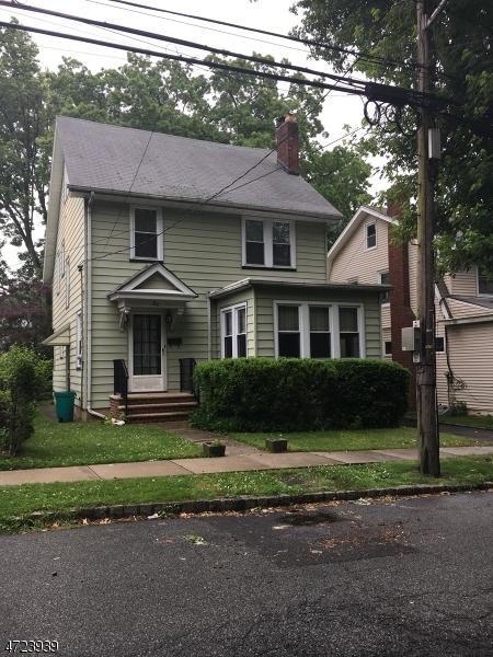 26 Randolph Pl, West Orange Twp., NJ 07052 (MLS #3397256) :: The Dekanski Home Selling Team