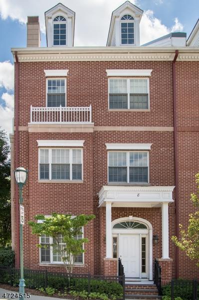 8 Carillon Cir, Livingston Twp., NJ 07039 (MLS #3397691) :: The Dekanski Home Selling Team