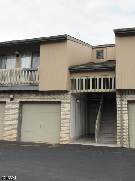9 Karam Cir, West Orange Twp., NJ 07052 (MLS #3398033) :: The Dekanski Home Selling Team