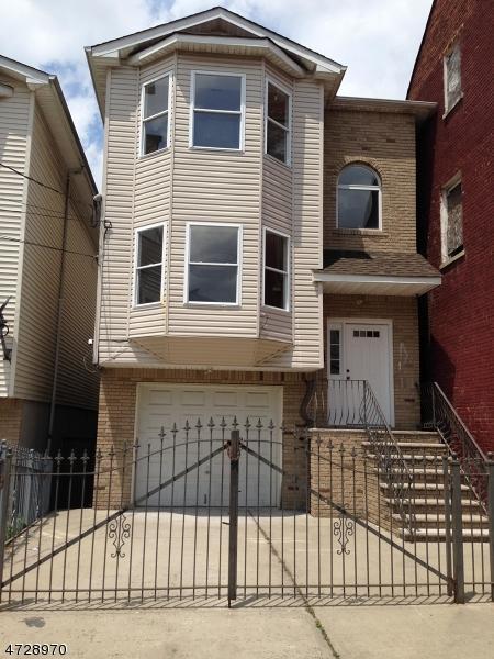 102 Highland Ave, Newark City, NJ 07104 (MLS #3401843) :: The Dekanski Home Selling Team