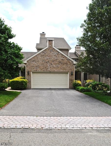 82 Wedgewood Dr, Montville Twp., NJ 07045 (MLS #3403492) :: The Dekanski Home Selling Team