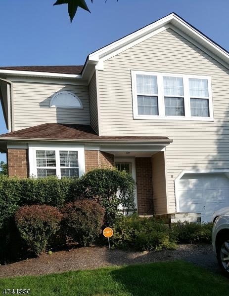 11 Short Grass Pl, Hardyston Twp., NJ 07419 (MLS #3413878) :: The Dekanski Home Selling Team