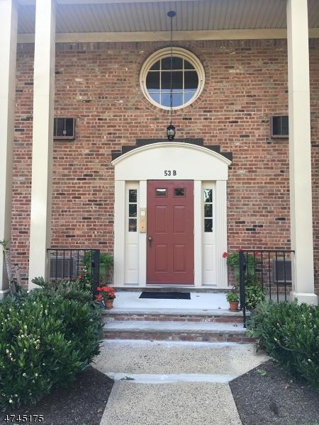 53 Sandra Circle B2, Westfield Town, NJ 07090 (MLS #3416832) :: The Dekanski Home Selling Team