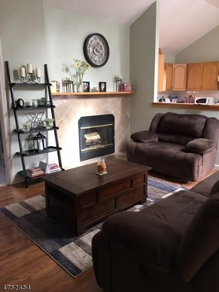 25 Tansboro Rd, West Milford Twp., NJ 07421 (MLS #3423630) :: The Dekanski Home Selling Team