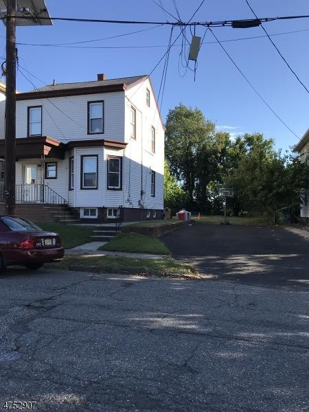 100 Alabama Ave, Paterson City, NJ 07503 (MLS #3424027) :: The Dekanski Home Selling Team