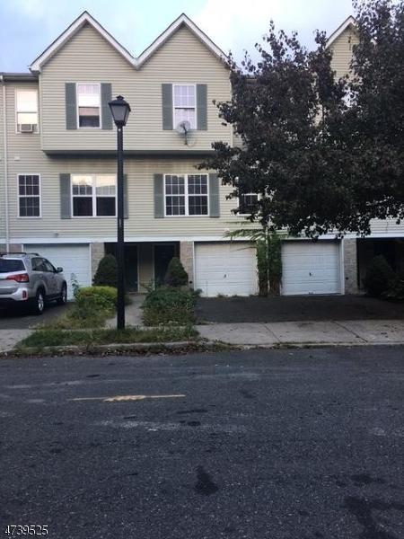 3 Carmella Ct, Newark City, NJ 07104 (MLS #3424425) :: The Dekanski Home Selling Team