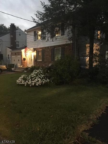 121 Yale Terrace, Linden City, NJ 07036 (MLS #3424667) :: The Dekanski Home Selling Team