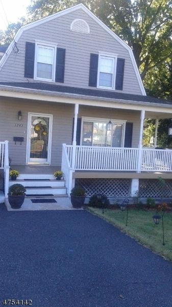 1243 Madison Hill Rd, Rahway City, NJ 07065 (#3425233) :: Daunno Realty Services, LLC