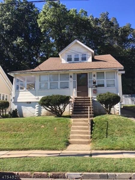 958 Grandview Ave, Union Twp., NJ 07083 (MLS #3425811) :: The Dekanski Home Selling Team