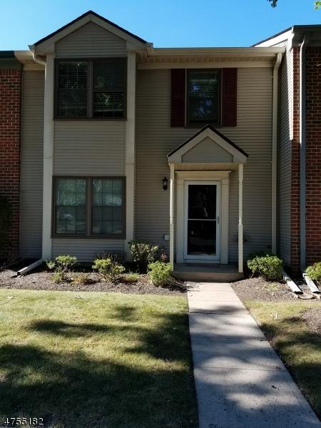 10 Lyon Ln, Franklin Twp., NJ 08823 (MLS #3426179) :: The Dekanski Home Selling Team